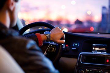 Ako sa vyhnúť bolesti chrbta v aute