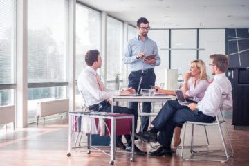 Začali ste podnikať a plánujete si zariaďovať vlastnú kanceláriu? Poradíme vám, čo by v nej nemalo chýbať