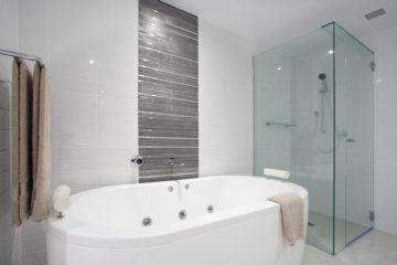 Ako čistiť kúpeľňu, aby bola aj cez týždeň čistá?