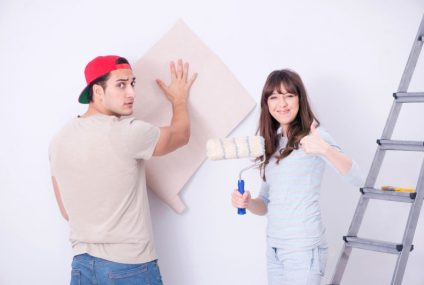 Lepenie tapiet na stenu – ako na to?